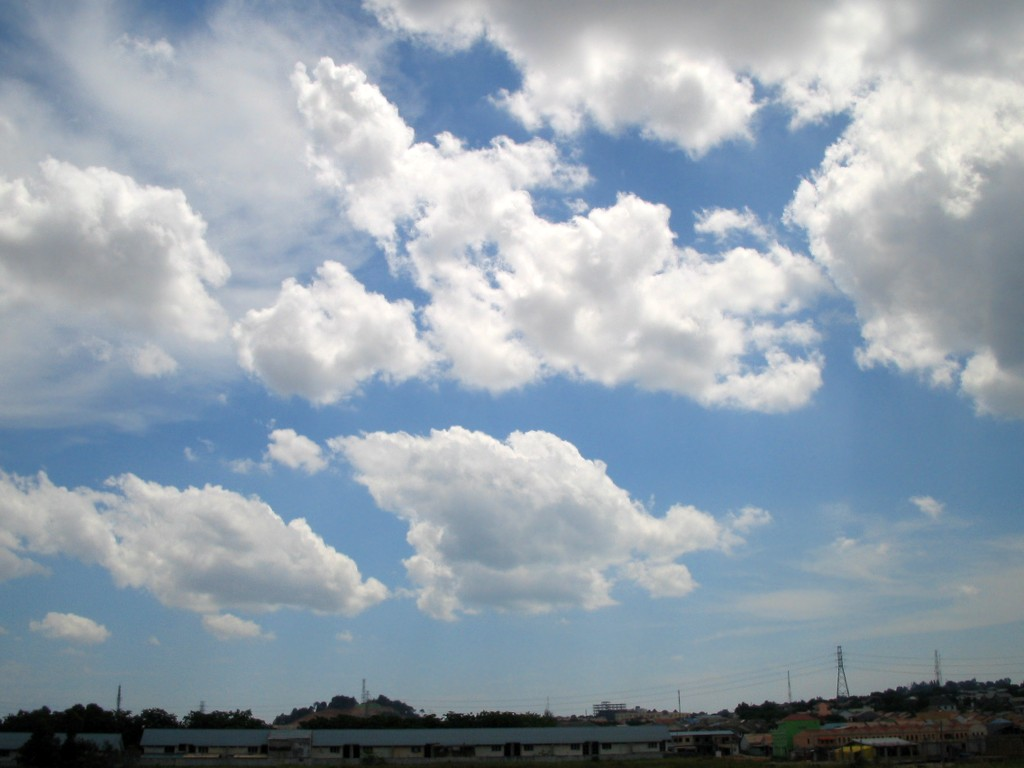 Cloudy Sky 04 free CC0 photo